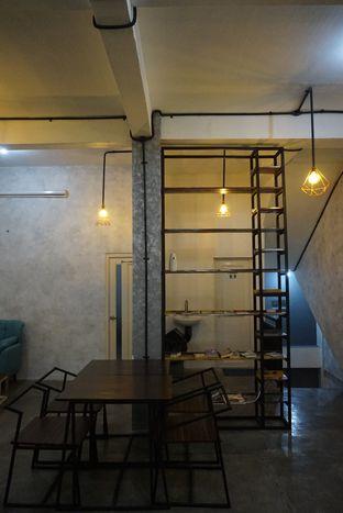 Foto 21 - Interior di Nationalism Coffee Brewers oleh yudistira ishak abrar