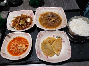 Foto 1 - Makanan di Mujigae oleh Devi Kwik