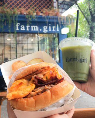Foto 1 - Makanan(TCSB & Iced Matcha (non milk)) di Farm.girl oleh Winda Verfida
