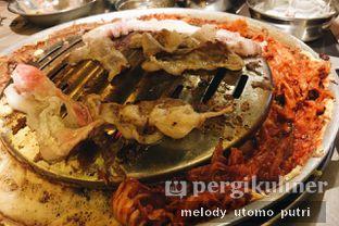 Foto 6 - Makanan( Sliced pork Belly with Roasted Kimchi) di Magal Korean BBQ oleh Melody Utomo Putri