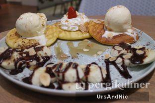 Foto 3 - Makanan(Choco Banana Pancake) di Slice of Heaven oleh UrsAndNic