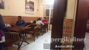 Foto 6 - Interior di Prabu Steak & Coffee oleh AndaraNila