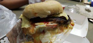 Foto 2 - Makanan di Blenger Burger oleh Pinasthi K. Widhi