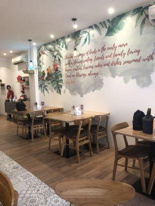 Foto 5 - Interior di Mahalo Coffee oleh Nanakoot