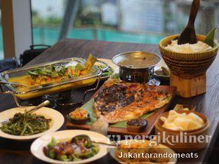 Foto 1 - Makanan di Sulawesi@Mega Kuningan oleh Jakartarandomeats