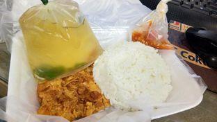 Foto - Makanan(Nasi Ayam Geprek) di Bakmi Ayam Escede oleh Komentator Isenk
