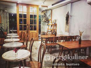 Foto 4 - Interior di Guten Morgen Coffee Lab & Shop oleh Sidarta Buntoro