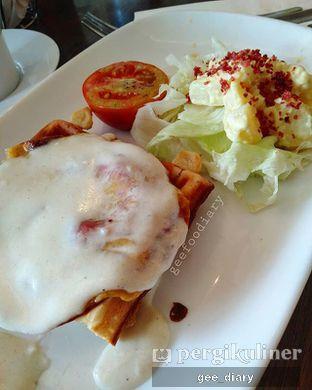 Foto 1 - Makanan(Cheesy Beef Toast) di Pizza Hut oleh Gee @geeatdiary