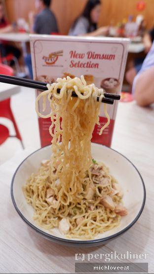 Foto 1 - Makanan di Bakmi Siantar Ko'Fei oleh Mich Love Eat