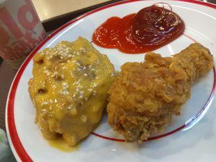 Foto - Makanan di KFC oleh iqiu Rifqi