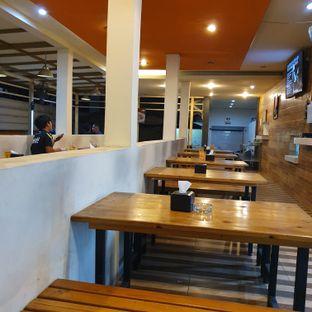 Foto 5 - Interior di Ropisbak Ghifari oleh Adhy Musaad