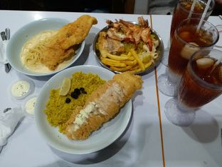 Foto 1 - Makanan di Fish Streat oleh Annisa Kamilia Sekarini