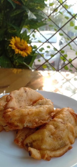 Foto 2 - Makanan(Pisang Goreng) di Ta' Pe Rasa oleh eirene