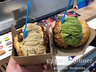 Foto 1 - Makanan(sanitize(image.caption)) di Hokkaido Icecream Puff oleh Patsyy