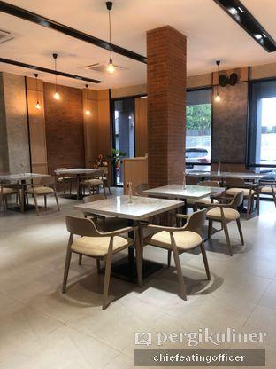 Foto 9 - Interior di Ergonomic Coffee & Lounge oleh Cubi
