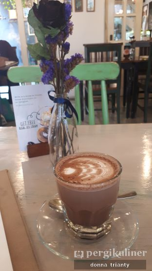 Foto 6 - Makanan(Hot Chocolate) di Onni House oleh Donna Trianty