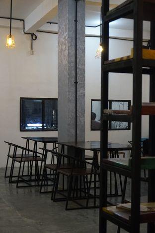 Foto 20 - Interior di Nationalism Coffee Brewers oleh yudistira ishak abrar