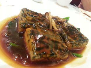 Foto 1 - Makanan(Angsio Pocay Tahu) di Teo Chew Palace oleh Budi Lee
