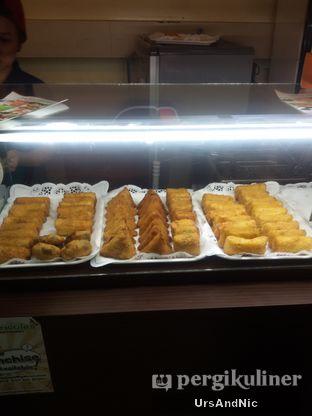 Foto 4 - Makanan di Verina Risoles oleh UrsAndNic