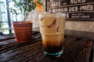 Foto 3 - Makanan(Curacao Coffee) di Seven Grams Coffee & Eatery oleh Fadhlur Rohman