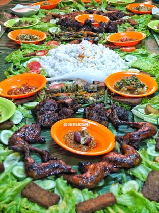 Foto 4 - Makanan di Ayam Bakar Boemboe Legenda oleh Love2EatCouple