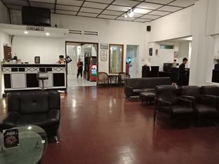 Foto 2 - Interior di Black Butler Cafe - Hotel Sanira oleh Elena Kartika
