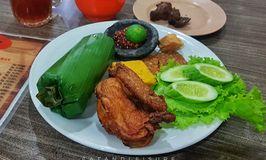 Ayam Goreng Nikmat Panaitan
