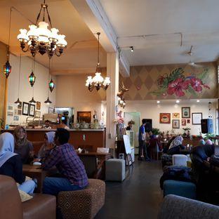 Foto 3 - Interior di Wiki Koffie oleh Susy Tanuwidjaya