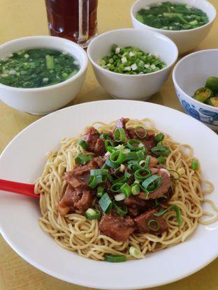 Foto 1 - Makanan di Bakmie Aloi oleh imanuel arnold