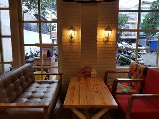 Foto 7 - Interior di Fat Bubble oleh Clara Yunita