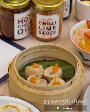 Foto 1 - Makanan di Ling Ling Dim Sum & Noodle oleh Darsehsri Handayani