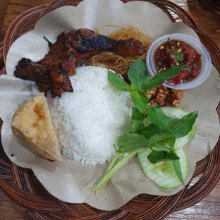 Foto review Ayam Penyet Surabaya oleh Adhy Musaad 4