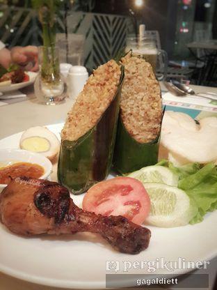 Foto 1 - Makanan di sTREATs Restaurant - Ibis Styles Sunter oleh GAGALDIETT