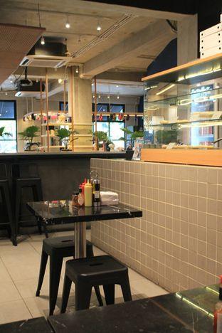 Foto 4 - Interior di Sliced Pizzeria oleh Prido ZH