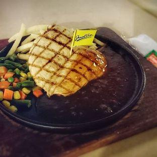 Foto - Makanan di Justus Burger & Steak oleh instagram : kohkuliner