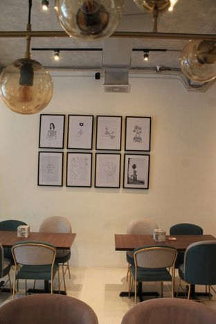Foto review Living-Room Coffeehouse oleh Prido ZH 21