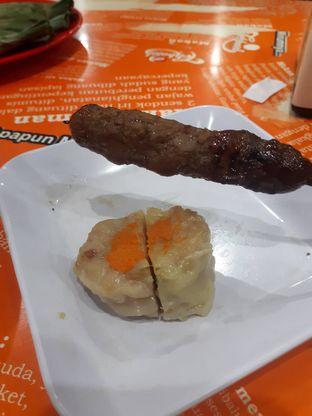 Foto 3 - Makanan di Bubur Ayam Tangki 18 Aguan oleh Deasy Lim