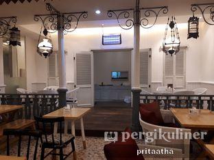 Foto review Senator Cafe & Bistro oleh Prita Hayuning Dias 4