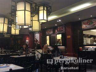 Foto 8 - Interior di Old Town White Coffee oleh Darsehsri Handayani
