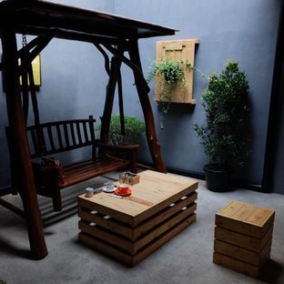 Foto 2 - Interior di Retorika Coffee oleh Lydia Fatmawati