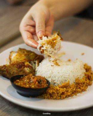 Foto 5 - Makanan di Ayam Gedebuk oleh GoodDay