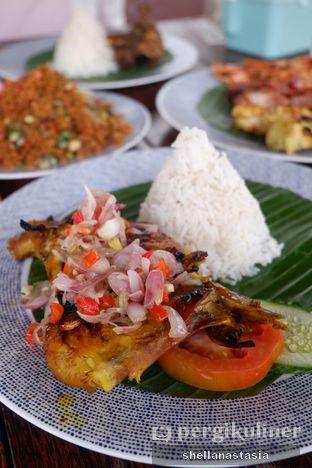 Foto 2 - Makanan(Ayam Bakar Sambal Matah) di Smarapura oleh Shella Anastasia