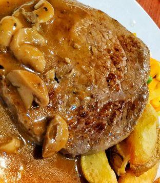 Foto 1 - Makanan di Joni Steak oleh kunyah - kunyah