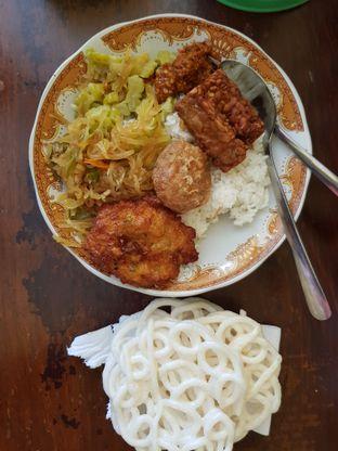 Foto 1 - Makanan di Warung Kuning oleh Amrinayu