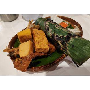 Foto - Makanan(Nasi Timbel Bakar Komplit Ayam) di Fusia Rajanya Nasi Timbel oleh melisa_10