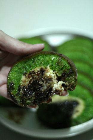 Foto 1 - Makanan di Martabak Bangka Akim oleh thehandsofcuisine