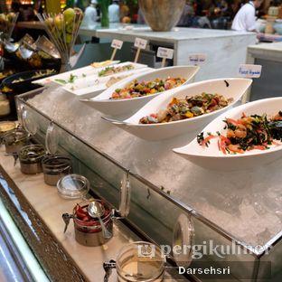 Foto review Satoo Garden Restaurant & Lounge - Hotel Shangri-La oleh Darsehsri Handayani 19