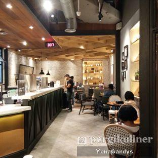 Foto 3 - Interior di KOI Cafe oleh Yona Gandys • @duolemak