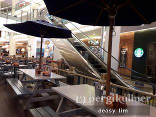 Foto 7 - Interior di Fish & Co. oleh Deasy Lim