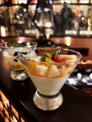 Foto 13 - Makanan(Almond Pudding) di Twelve oleh Alvin Johanes